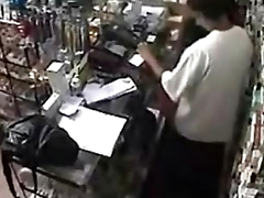 Real ! Employee getting a Blowjob Bet on a support the Counter http://www.clictune.com/id=