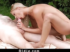 Superb blonde coupled with whitened old man pleasing eachother in 69