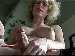 Hottest Shemale Perpetually Makes Herself Cum