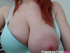 Underfed big natural titty redhead camgil showing