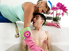 Plow-Her Walking Starring Sally D'Angelo and Jordi - Milfs Irresistibly Big HD