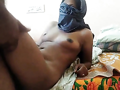 desi wife enjoying sex with cousin with colic and sprayed