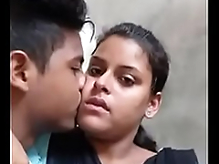 Desi college lovers hawt kiss