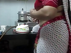 ▶ Leena Bhabhi Hot Navel Housewife 1