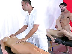 Dani Daniels plus Nikki Benz trade massage be beneficial to XXX  sex with therapists