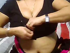 Desi babe Richa enjoying with her lover