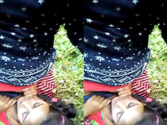 Exclusive- Indian lover Outdoor romance and Blowjob