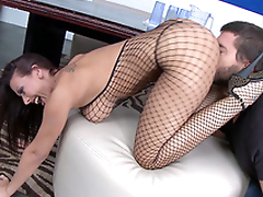 Staggering XXX actress Rachel Starr shakes booty in front of the fucker